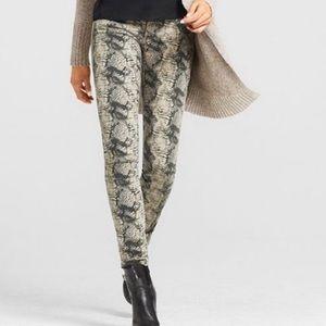 CAbi Snakeskin Diamondback Super Skinny Jeans Sz 4